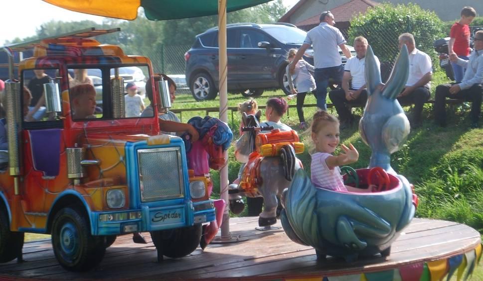 Film do artykułu: Całe rodziny świetnie się bawiły na festynie w Czarnocinie (ZDJĘCIA)