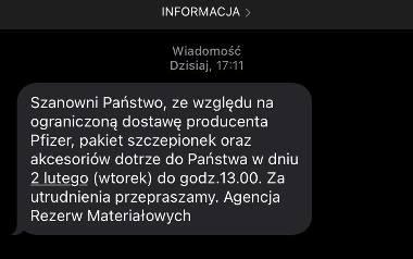 Szczepionki przeciw COVID-19 nie dotrą 1 lutego do żadnej przychodni w Polsce. Są opóźnienia. Co z pacjentami?