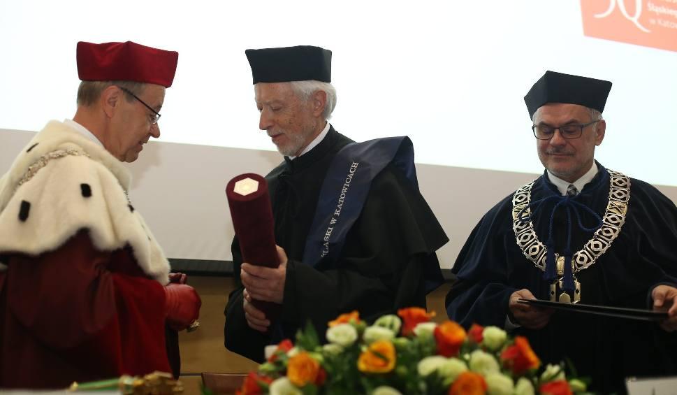 Film do artykułu: Laureat Nagrody Nobla, pisarz John Maxwell Coetzee, otrzymał tytuł doktora honoris causa UŚ WIDEO + ZDJĘCIA