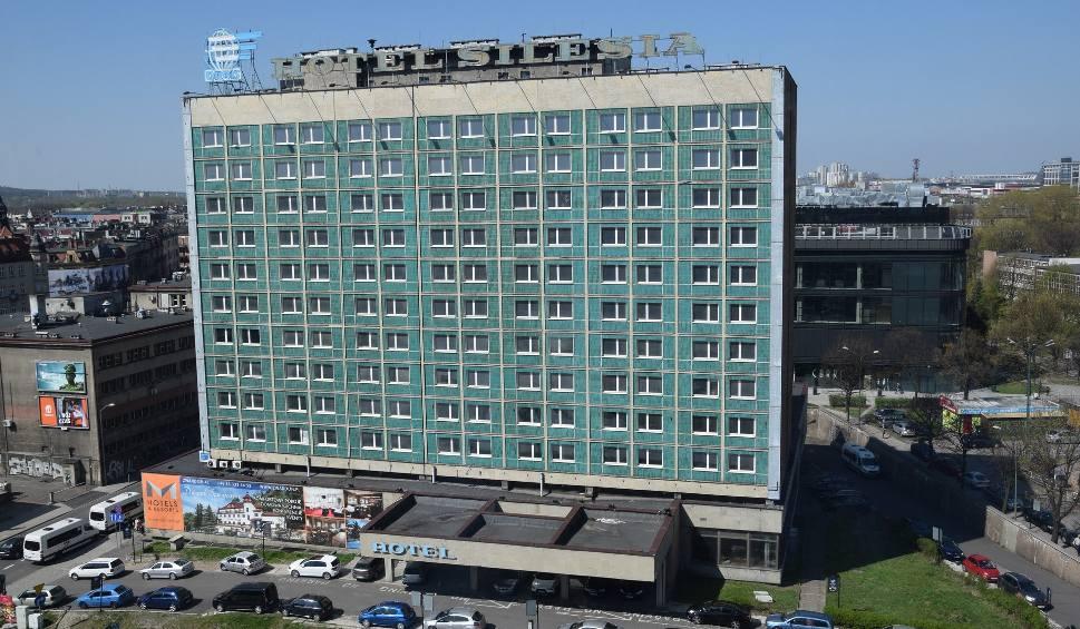 Film do artykułu: Hotel Silesia w Katowicach. Kiedy przestanie szpecić centrum? ZDJĘCIA