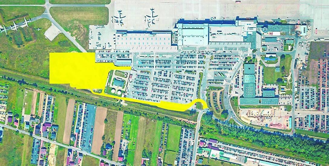 Na żółto na mapie zaznaczono miejsce, gdzie powstanie nowy parking i nową drogę wyjazdową