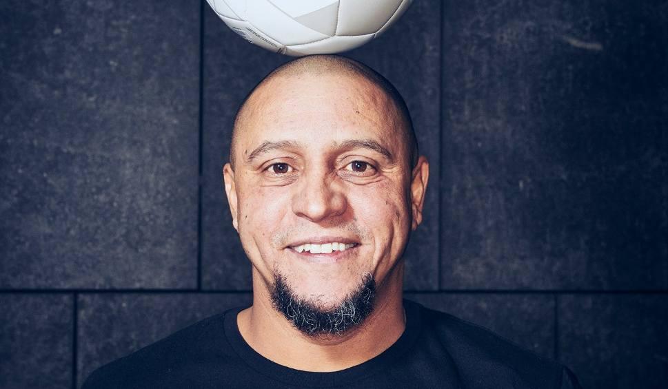 Film do artykułu: Legenda futbolu Roberto Carlos będzie sędzią podczas Red Bull Street Style w Warszawie