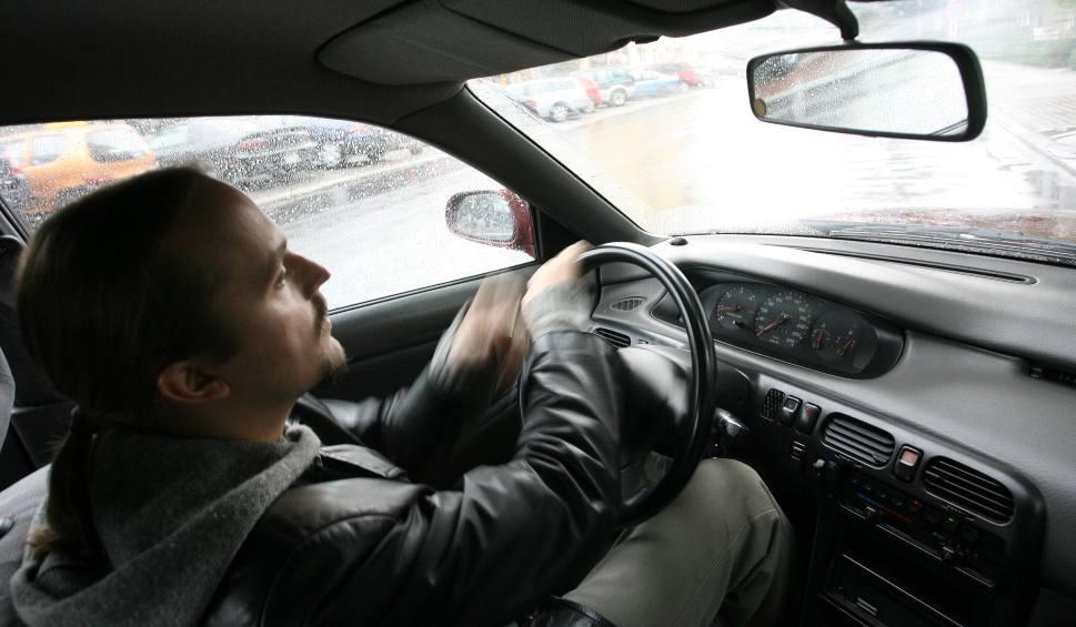 Film do artykułu: Abonament nawet za nieużywane radio w samochodzie
