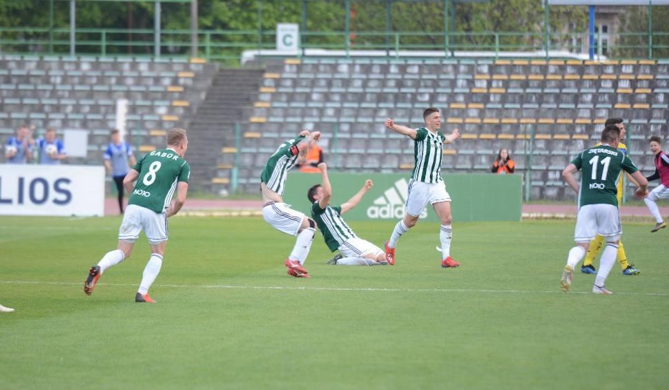 Film do artykułu: Olimpia Grudziądz świętuje awans do I ligi [zdjęcia]