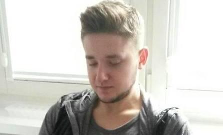 19-letni Michał Rosiak, student Politechniki Poznańskiej, jest poszukiwany przez policję i agencję detektywistyczną. Po raz ostatni widziany był w nocy