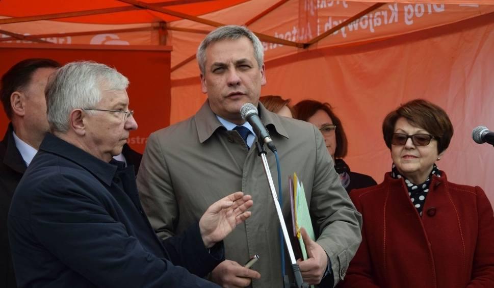 Film do artykułu: Wiceminister infrastruktury w Skarżysku: - Prace przy budowie S7 mogą ruszyć w tym roku