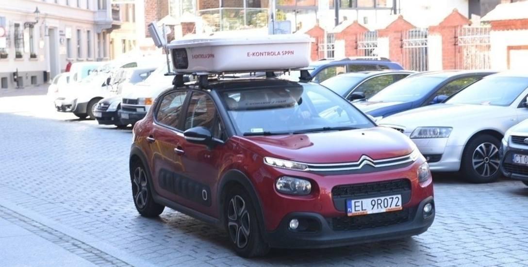 Tak wyglądał samochód, który w maju kontrolował kierowców w Toruniu