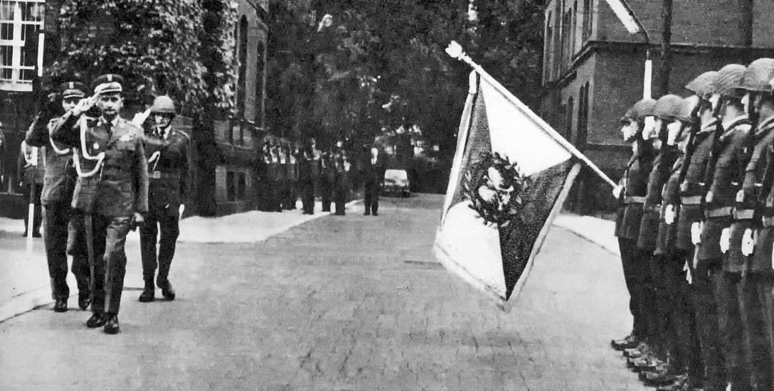 """Zaraz po wojnie przylgnęła do tego budynku tajemnicza nazwa """"OSA"""". Związki z nim miał Adam Słodowy, wizytował go gen. Wojciech Jaruzelski"""