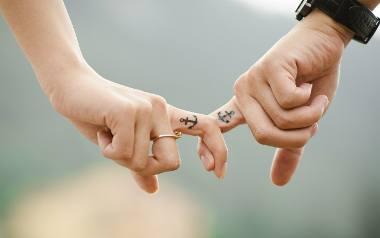 Który znak zodiaku nie może żyć bez miłości, a który ma do niej czysto praktyczne podejście?