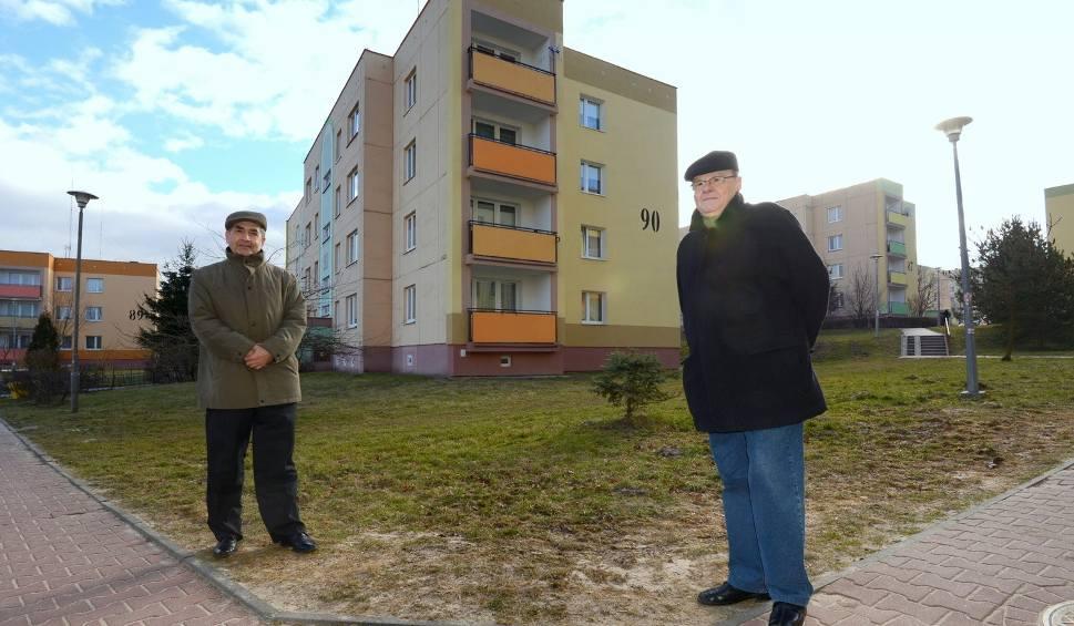 Film do artykułu: Kielczanie z osiedla Na Stoku nie doczekają się w tym roku docieplenia