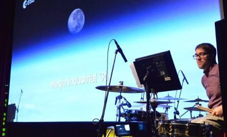 """Premiera projektu """"Elegia Industrialna 3D"""" (Elegia Przemysłowa 3D) w listopadzie 2015 r. na 25. FilmFestival Cottbus."""