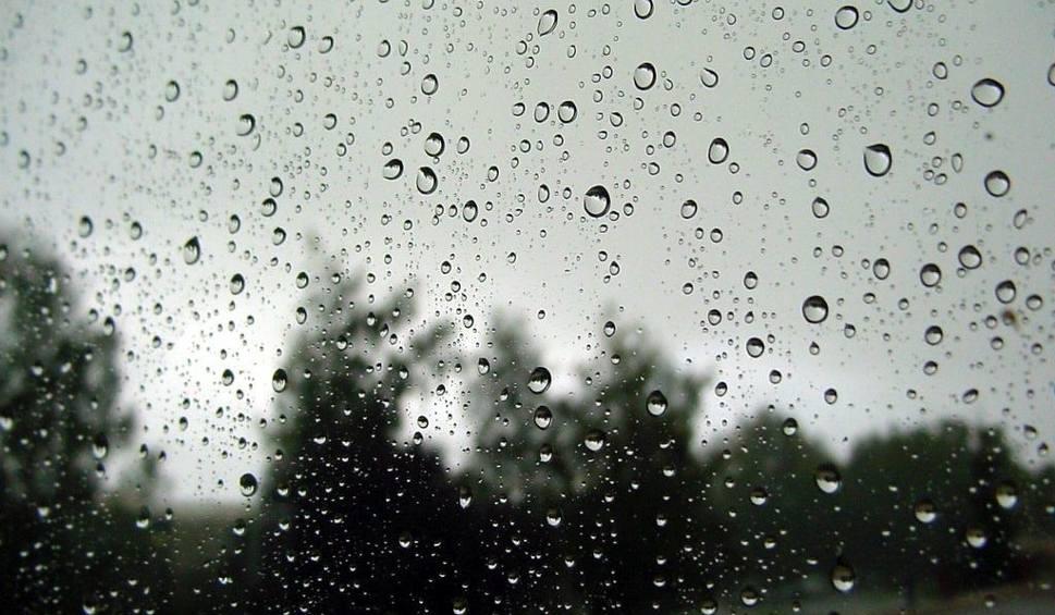 Film do artykułu: Uwaga! Marznący deszcz w Świętokrzyskiem - będzie ślisko