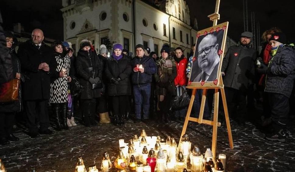 Film do artykułu: Prezydent Rzeszowa Tadeusz Ferenc kieruje kondolencje do mieszkańców Gdańska i żony Pawła Adamowicza