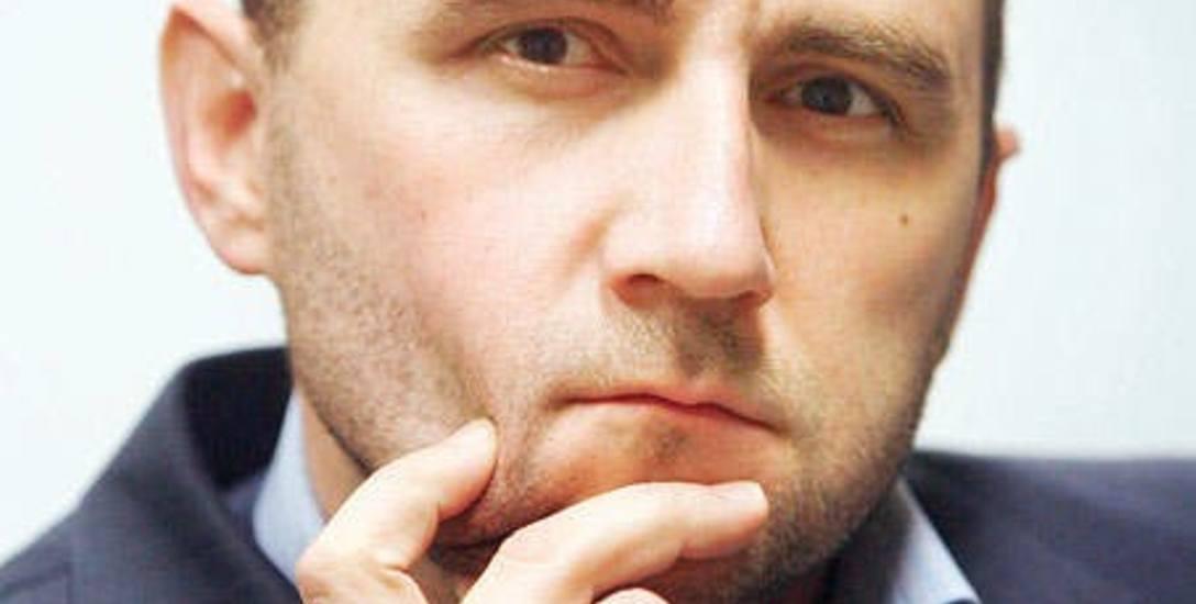- Chuligani stadionowi są wszędzie, ale rządy potrafią sobie z nimi radzić - mówi dr Krzysztof Prendecki