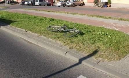Rowerzysta wjechał wprost pod koła sprintera [FOTO]
