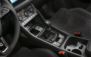 Holowanie przyczepy. Systemy, które mogą pomóc kierowcy