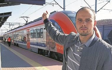 Przemysław Wybraniec z Tarnowa podkreśla, że niedziałające tablice informacyjne na dworcu to spory problem dla pasażerów