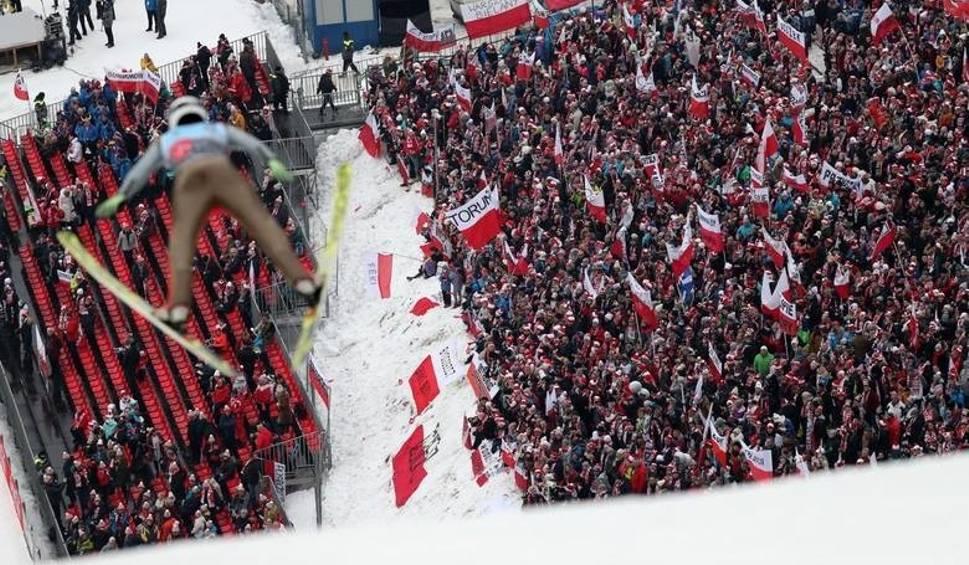 Film do artykułu: PŚ w Zakopanem. Wielka afera o bilety na skoki narciarskie?