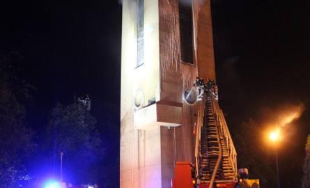 Pożar kościoła św. Franciszka w Łodzi. Spłonęło wyposażenie wieży kościelnej [ZDJĘCIA, FILM]