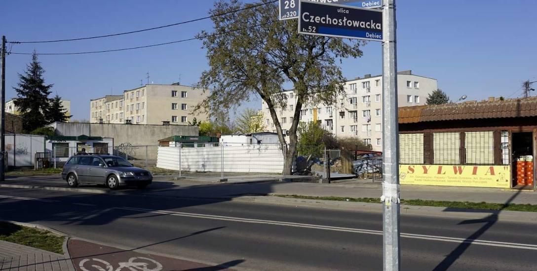 Dziś po kamienicy przy ul. 28 Czerwca nie ma już śladu. Rodziny poszkodowane w katastrofie układają sobie życie na nowo
