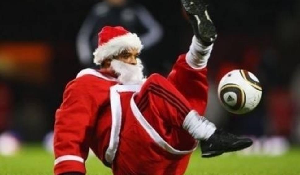 Znalezione obrazy dla zapytania święty mikołaj piłkarz