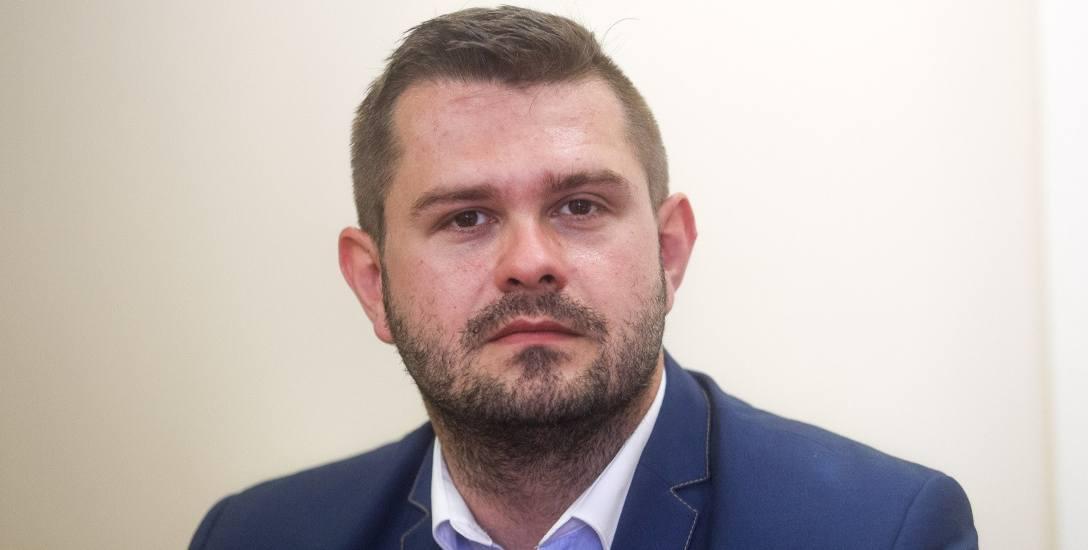 Wojciech Dyląg: Świadczenie uzupełni rentę lub emeryturę do kwoty 1100 zł brutto