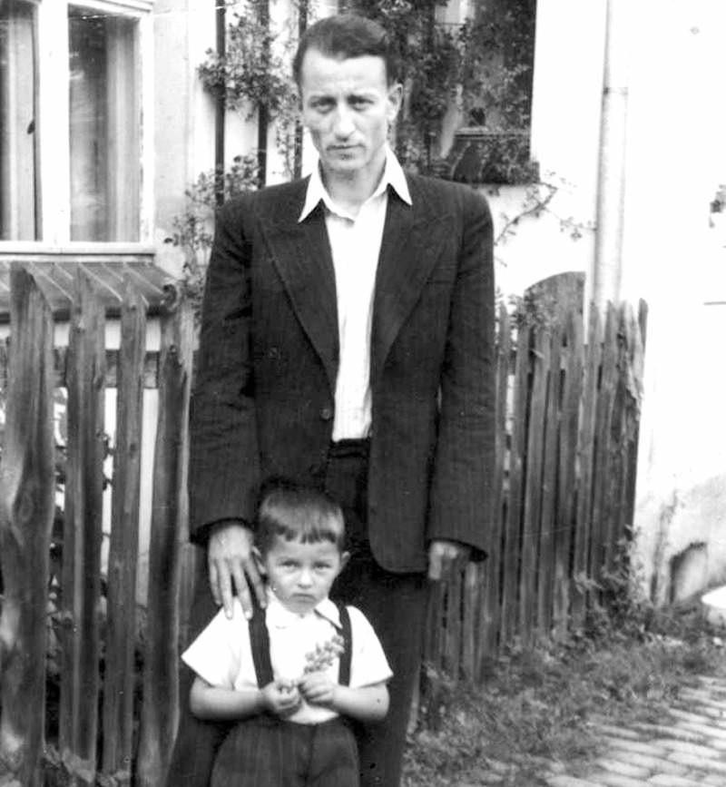 Hieronim Bednarski z synem Jerzym - Szybowice, 1950 r.