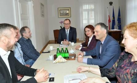 Rozmowy władz Przemyśla z przedstawicielami firmy Benix zakończyły się sukcesem.
