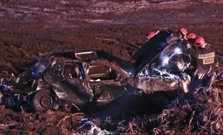 Śmiertelny wypadek na S3. Mercedes na dolnośląskich numerach rejestracyjnych zderzył się z citroenem i koziołkował