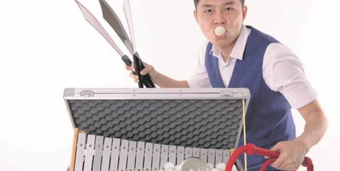 """Jay Che Jia Jun zaprezentuje w Galerii Krakowskiej spektakl zatytułowany """"Ping Pong Circus"""". Będzie na co popatrzeć!"""