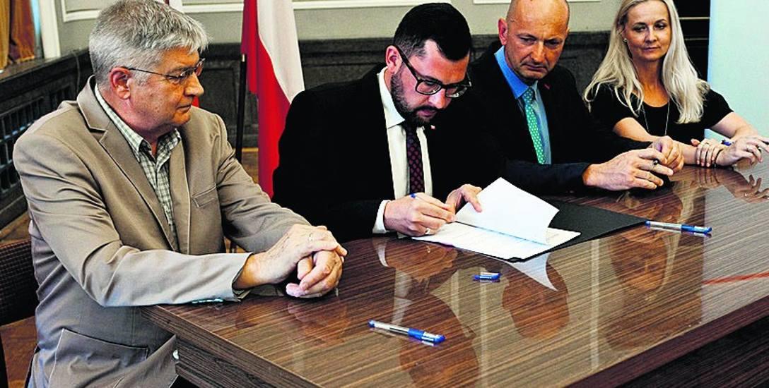 Rządowy program: na remont lokalnych dróg 8,8 mln zł