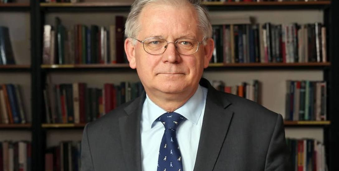 Roman Bäcker: Mamy do czynienia z sytuacją charakterystyczną tylko w państwach upadłych, niezdolnych do działania