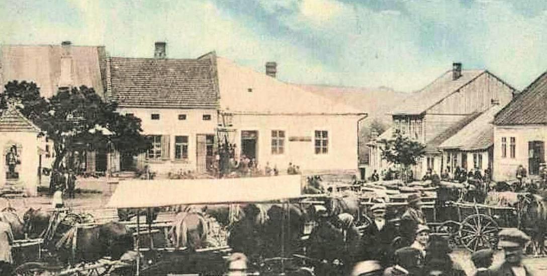 Bobowa, widok Rynku z 1910 roku, gdy w sercu miasta toczyło się głównie targowe życie