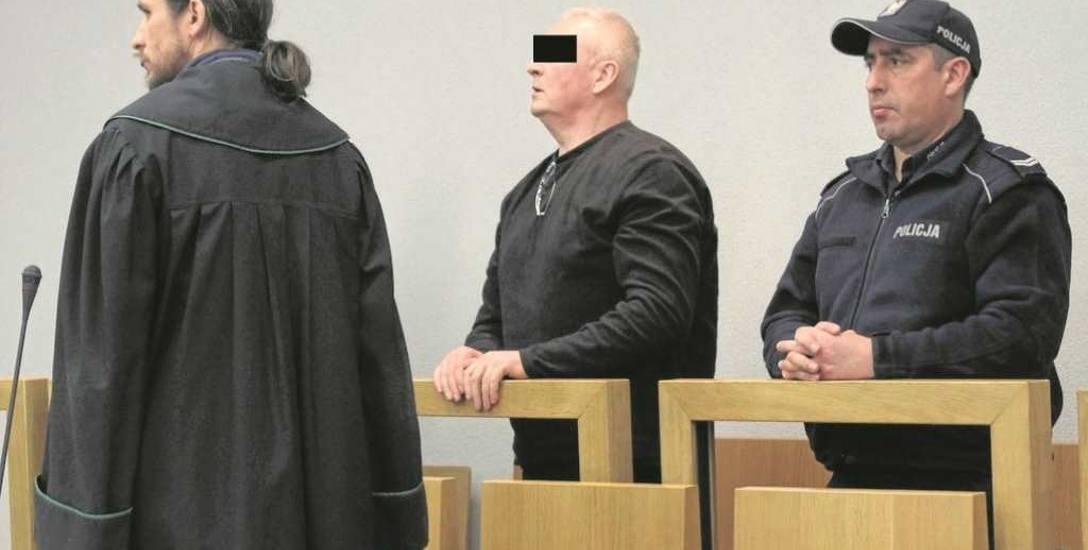 Oskarżony Zdzisław S. na procesie przed Sądem Apelacyjnym w Krakowie. Walczy o uniewinnienie