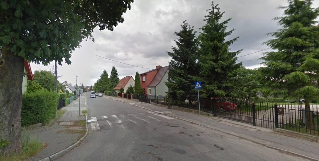 - Mamy już cztery zapewnienia na piśmie, że ulice Chrobrego i Zygmunta Augusta będą wyremontowane - mówi czytelniczka.