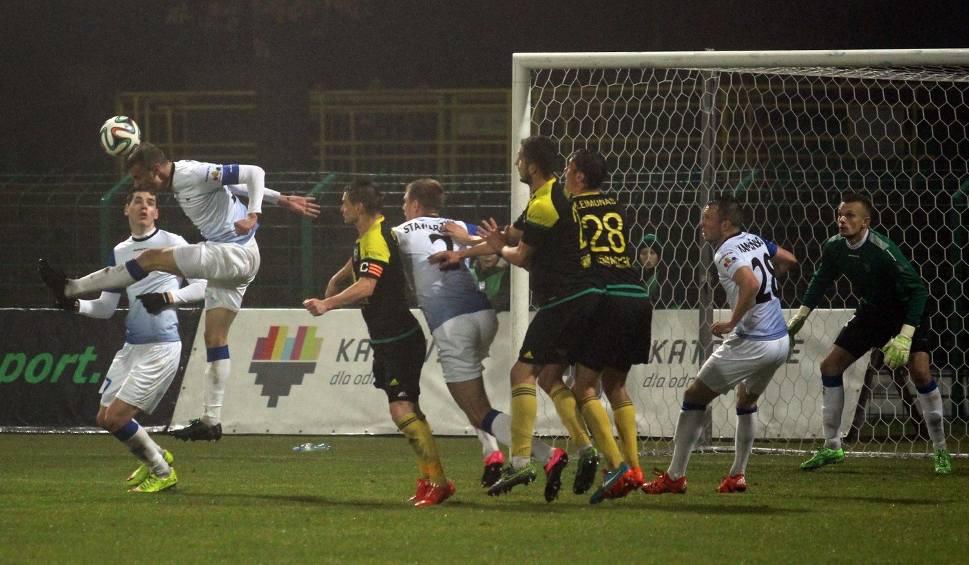 a390f4df3c9b5 Zawisza Bydgoszcz gra z GKS Katowice. Mecz wielkich firm