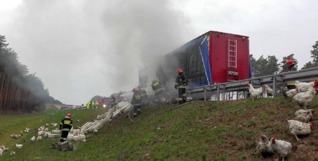 Zdjęcie z wypadku na autostradzie dostaliśmy od strażaków z Sulęcina.