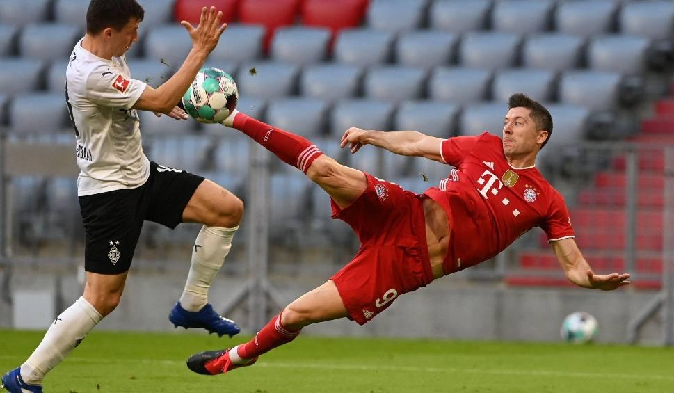 """Film do artykułu: Prezes Bayernu o Robercie Lewandowskim: """"Kto sprzedaje zawodnika, który zdobywa 60 bramek rocznie..."""""""