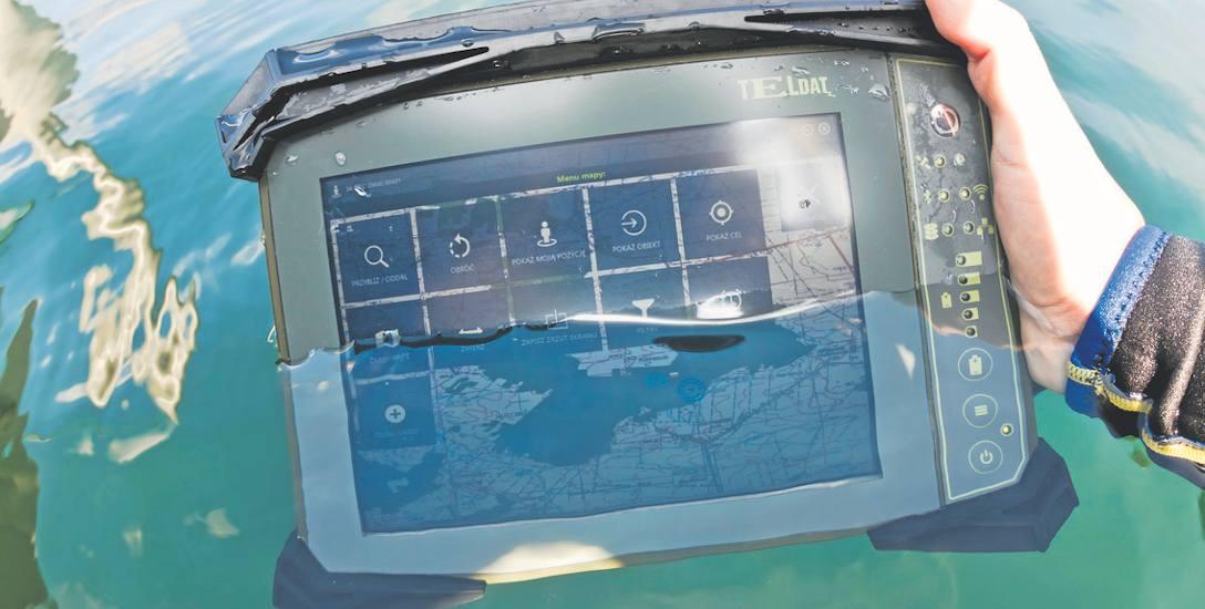 Urządzenia pracują w temperaturach od minus 40 stopni do plus 70 stopni Celsjusza! Spróbujcie to zrobić, np. ze zwykłymi laptopami czy smartfonami, to