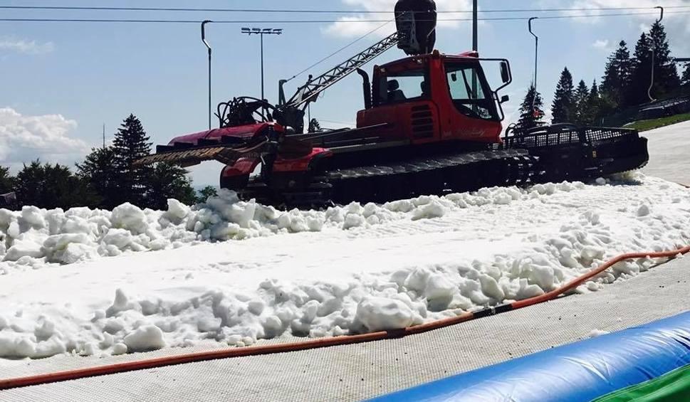 Film do artykułu: Letnia jazda na nartach? To nie żart! Beskid Sport Arena w Szczyrku zaprasza