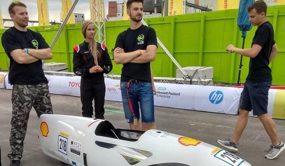Film do artykułu: Bolid studentów Politechniki Gdańskiej wystartuje w ekologicznej Formule 1. Znad morza do Londynu