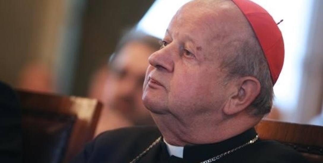 Kard. Dziwisz: Wigilia w Watykanie musiała być taka jak w Polsce