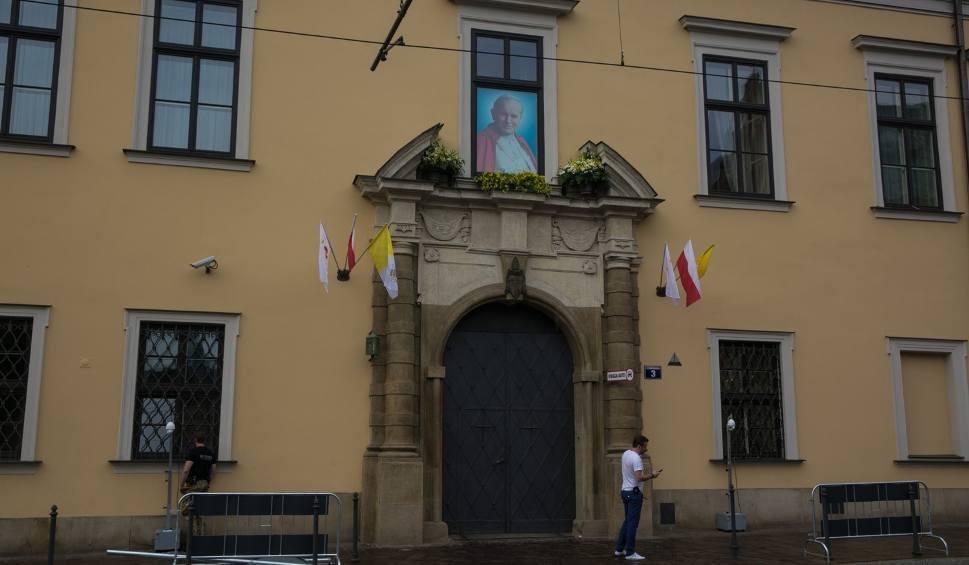 Film do artykułu: Powitaj papieża Franciszka na ulicach Krakowa