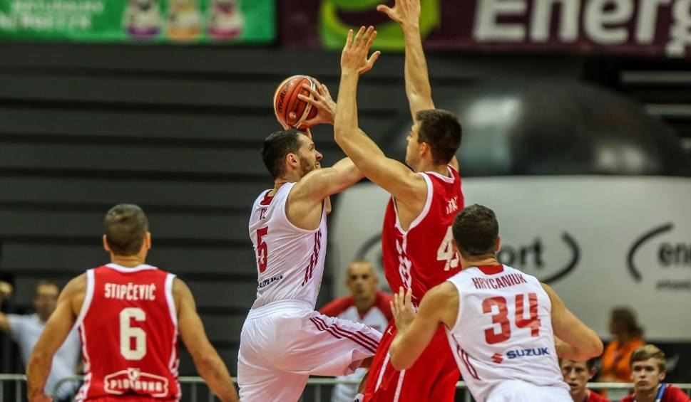 Film do artykułu: Reprezentacja Polski pokonała Holandię na wyjeździe w kwalifikacjach do mistrzostw świata