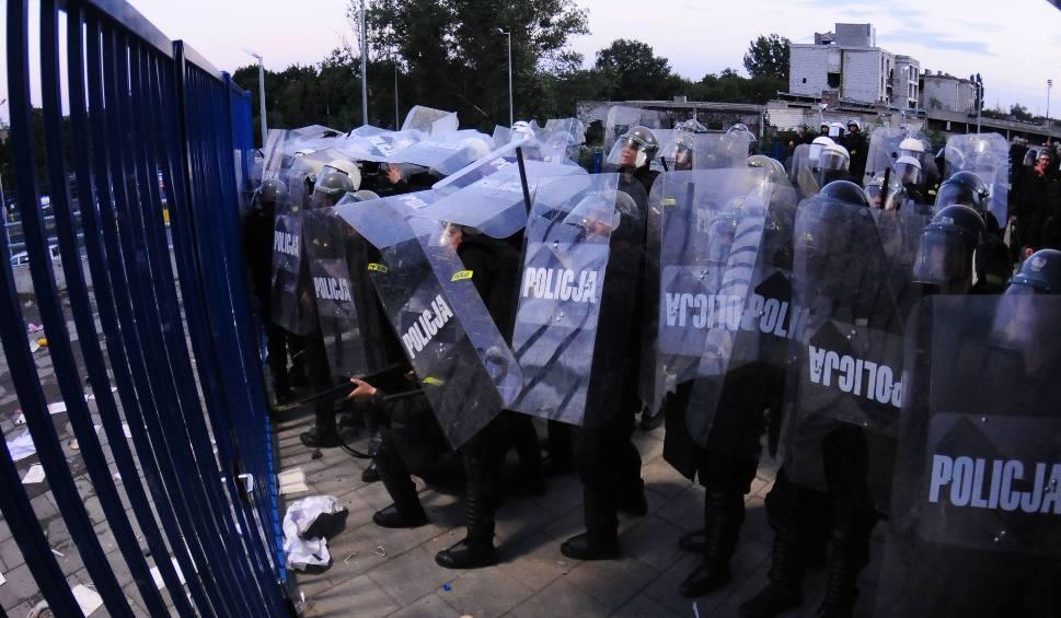 Policjanci grożą protestem. Chcą więcej kasy, przywilejów i... społecznej akceptacji