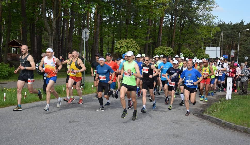 """Film do artykułu: Rekordowa liczba uczestników Cross Maratonu """"Przez Piekło Do Nieba"""" [DUŻO ZDJĘĆ]"""
