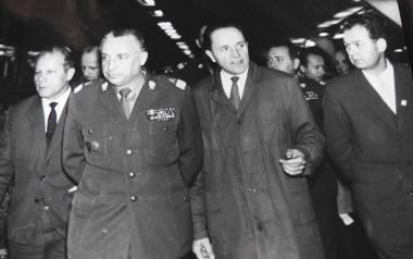 Stefan Kopacki (drugi z prawej) był dyrektorem Fast w latach 1954-67.