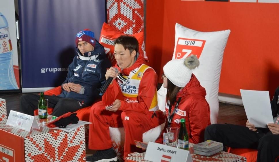 Film do artykułu: Kamil Stoch na drugim miejscu. Puchar Świata wygrywa Kobayashi WIDEO+ZDJĘCIA