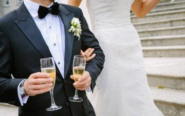 Życzenia ślubne 2018. Najpiękniejsze oryginalne cytaty i wierszyki - śmieszne, poważne, krótkie, od serca, wyjątkowe