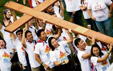 ŚDM. Na Błoniach tłumy pielgrzymów rozpoczęły swe globalne spotkanie